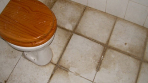 Mistakes You Might Be Making When Cleaning Grout